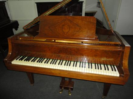 Piano Destacado
